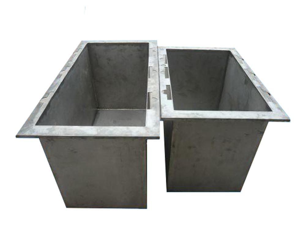 Bể Titanium